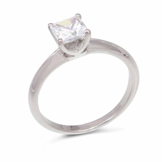 ER108 Princess cut solitaire in a four claw setting