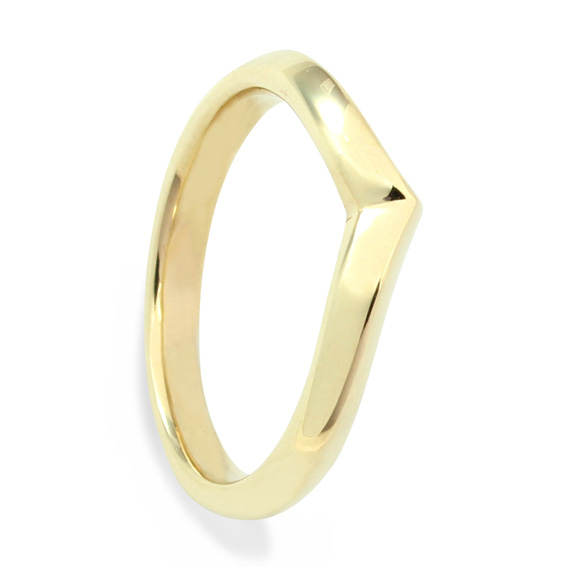 632 3mm shaped wedding ring that holds a solitaire beautifully